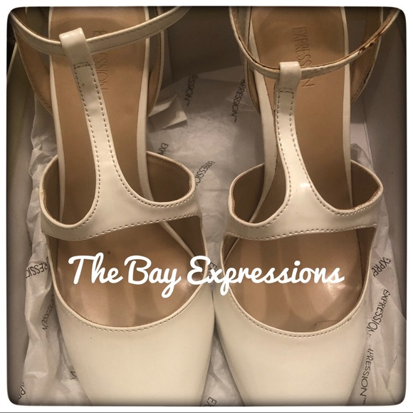 Expression Shoes - The Bay Express Cream Color Pumps